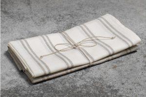 2 stk. stripete linhåndklær