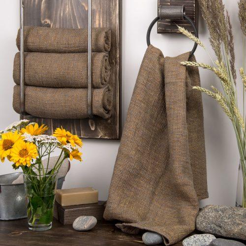 fdc9431a Linhåndkle i brun farge. 485-0203-brunt-lin-handkle