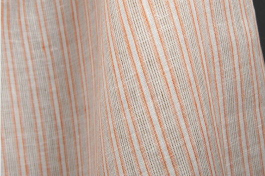 Hvit 100% lin i brune striper
