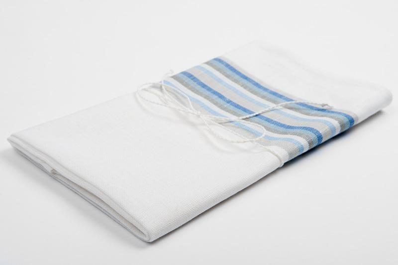 Hvitt stripete håndkle