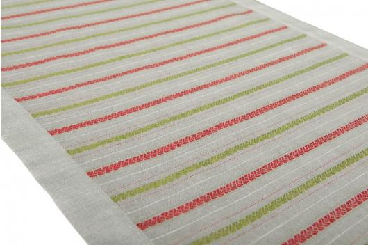 Løper med grønne og røde striper