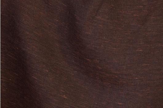 Mørkebrun gjennomskinnelig lin